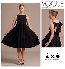 designer kleider vogue schnittmuster designer kleid v1102 maschinensticken nähen