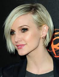 short hairstyle worn beind the ears in layers for fine hair 25 stunning ideas to wear earrings with short hair