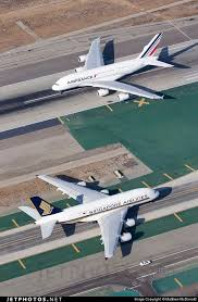 siege plus air a380 air airbus a380 and singapore airlines airbus a380 841 at
