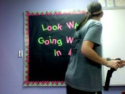 Classroom Soft Board Decoration Ideas 3 Ways To Decorate A Classroom Wikihow