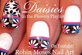 robin moses nail art black and white daisies on a diagonal