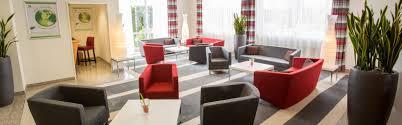 hotel near river rhine holiday inn dusseldorf neuss germany
