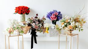 floral arrangements stunning floral arrangements inspired by the 2017 oscar carpet