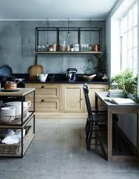 cuisine ambiance bistrot cuisine type bistrot simple cuisine blanche en bois indogate