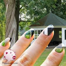 piggieluv extreme camouflage nail art
