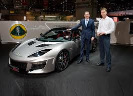 a guided tour around the new lotus evora 400 by the chief exec
