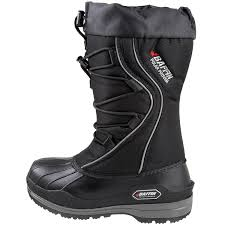 womens snowmobile boots canada amazon com baffin s field insulated boot mid calf