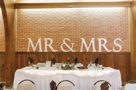 mr and mrs table decoration how to make a big wooden mr and mrs sign