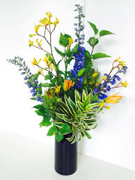 Office Desk Flowers by Business Flowers Floral Sunshine