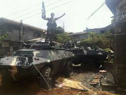 armored vehicles in pictures isis attacks philippine army convoy in marawi many