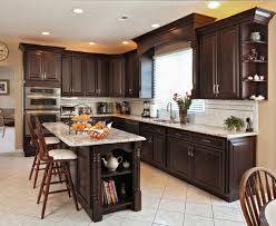 are oak kitchen cabinets still popular the kitchen conundrum are laminate or wood cabinets best