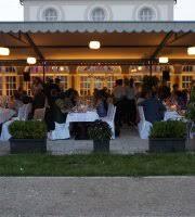 sheraton munich airport hotel restaurant zur schwaige munich 10 best restaurants near botanischer garten muenchen nymphenburg