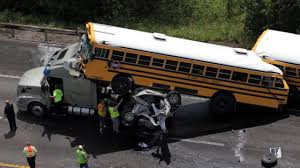 Bus To Six Flags St Louis Pickup Driver Killed In Mo Bus Crash Newsday