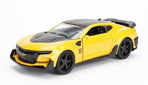 chevrolet camaro transformers amazon com jada 1 32 metals transformers bumblebee 2016 chevrolet
