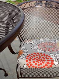 Remove Rust From Metal Furniture by Just Another Hang Up Refurbishing Wrought Iron Furniture