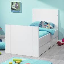 chambre bebe galipette meublez la chambre d enfant avec galipette le déco delamaison