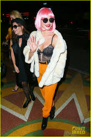 halloween costumes wigs julianne hough wears a pink wig for early halloween costume