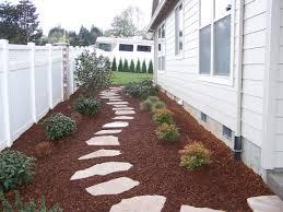sideyard idea for kensington prefer black mulch ground cover