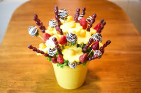 chocolate covered fruit baskets how to make edible fruit bouquet arrangements