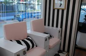 new mobile nail salon opens in downtown los angeles nails magazine