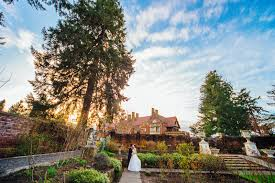 hanna hao thornewood castle wedding jerome tso seattle it couldn t have been a more perfect day for hanna and hao it was a beautiful early spring weekend with good weather from the i do s to the cinderella