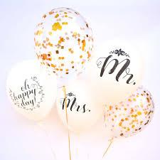 wedding balloons mr and mrs wedding balloons