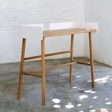 B Obedarf Schreibtisch B Desk Schreibtisch Universo Positivo Aus Holz Mit Elementen Aus