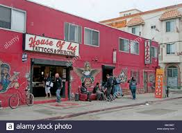 house of ink tattoo and piercing shop venice beach california