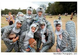 Hilarious Costumes 18 Hilarious Costume Ideas For Your Next Music Festival