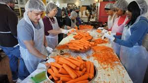 island soup kitchen volunteer soup kitchens serving thanksgiving meals where you can