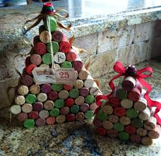 wine cork christmas tree with ribbons and buttons by miamorevino