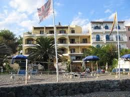 hotel giardini l hotel dalla spiaggia privata picture of hotel kalos giardini