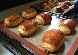 lecoq cuisine racing the croissant advantage