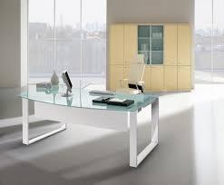 attitudes bureaux bureau design verre bureau design en verre transparent desk