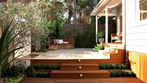 small courtyard gardens courtyards and on pinterest arafen