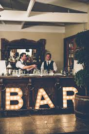 5 unique wedding bar setups that say
