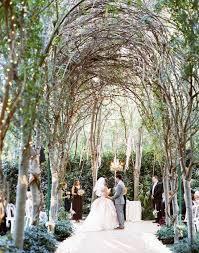 17 de light ful ways to use lights as wedding decor brit co