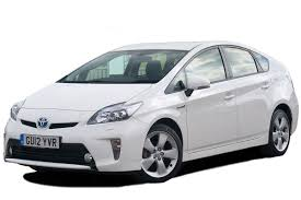 toyota prius hybrid hatchback 2009 2015 review carbuyer
