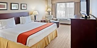 holiday inn express u0026 suites vancouver mall portland area hotel by ihg