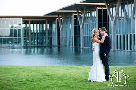 fort worth photographers fort worth wedding photographers marty leonard chapel the modern