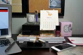 Small Desk Next To Sofa Desktops The Beauty Look Book