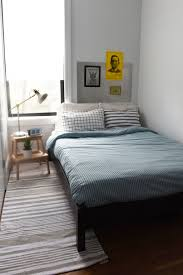 simple and light diy bedroom ideas for men with small space