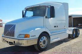 volvo heavy duty trucks for sale 1999 volvo vn semi truck item c4014 sold march 21 truck