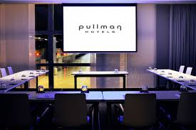 avex provides hotel pullman brussels with modern audiovisual