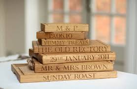 personalised cutting boards personalised oak chopping board by the oak rope company