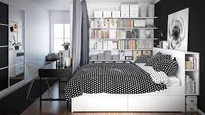 chambre a coucher noir et gris déco chambre à coucher adulte en tons foncés actuelle et éternelle