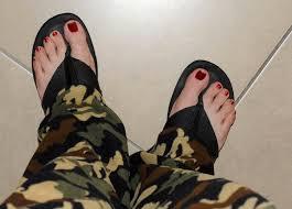 men can wear nail polish how did i start wearing nail polish and why