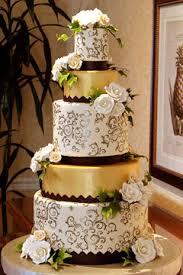 wedding cake gold gold cakes luxurious wedding cakes