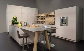 cuisine parall鑞e cuisine modulaire parallèle comptoir en granit blanc miroir de