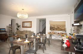 Bar Wohnzimmer Les Amis Hotel Casa Bianca Frankreich Calvi Booking Com